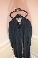 Mint Men Aquascutum Trench Coat 40/42R - Made in Canada