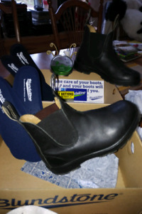 Blundstone-new with box