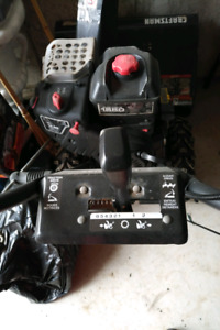 Craftsman Briggs and Stratton Snow Blower 30""