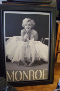 Marilyn Monroe Picture...