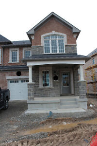 Brand New Mattamy End Unit Townhouse in Milton