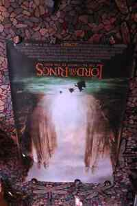 FOTR lord of the rings BUS SHELTER argonath poster