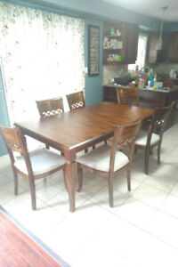 Wooden Kitchen Table w/6 chairs and removable leaf-REDUCED PRICE