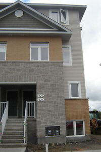 **3 BDRM COndo in Kemptville Meadows - Available Oct 1st!!**