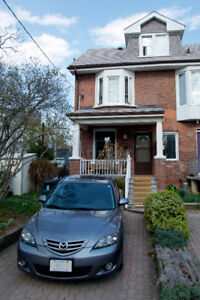 $3400 / 4br - 2 bath - House for rent (Danforth and Donlands)