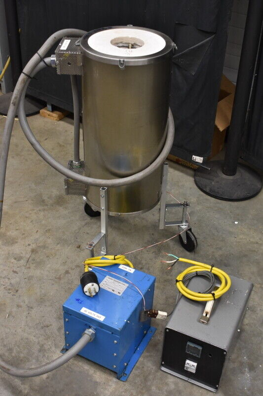 """THERMCRAFT 1300 DEG C Vertical Tube 4x24"""" Furnace and controller"""