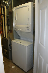 ATTENTION INVESTORS - IMPECCABLE 1 BEDROOM IN UNIVERSITY VILLAGE Kitchener / Waterloo Kitchener Area image 9