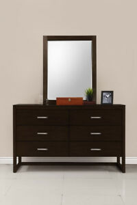 Wayfair Queen Bedroom Set ,Brand New Condition!!