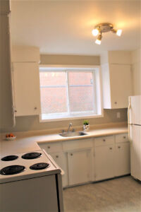 Large 2 Bed in small Very Quiet Bldg, Renovated w Updates