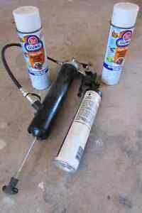 Grease Gun and Degreaser