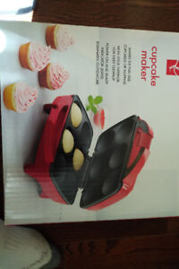 Brand new never used cupcake maker