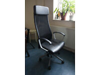 FANTASTIC Office Swivel chair MARKUS Black + LIMMON TABLE 50X70 as a GIFT