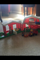 Fisher Price Little People Fun Sound Farm
