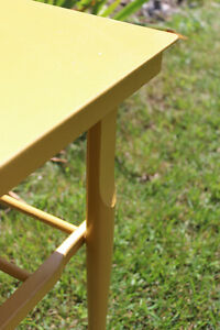 Small Yellow Table Kitchener / Waterloo Kitchener Area image 4