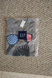 NEW! GAP USA Shark grey t-shirt, Size 8