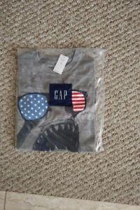 NEW! GAP USA Shark grey t-shirt, Size 8