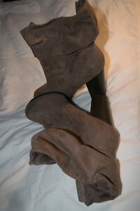 9-10 shoes like new, heels, boots and flats