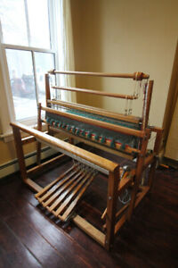 """45"""" Leclerc Weaving Loom, great condition."""