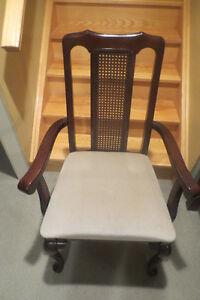 KROEHLER OCCASIONAL ARM CHAIR