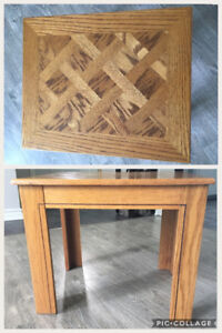 Small wood side / end table