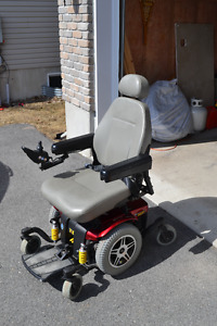 Electric wheelchair/ Chaise roulante électrique Jazzy 614HD