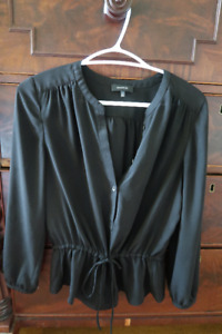 ARITZIA CLOTHING - All Perfect Condition (X-Small/Small)