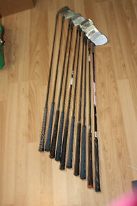 men's set of golf irons - rights
