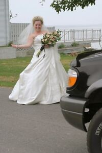WEDDING PHOTOGRAPHY STARTING AT $500 Peterborough Peterborough Area image 5