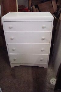 Solid Wood Dresser (freishly painted white).just reduced to 80)