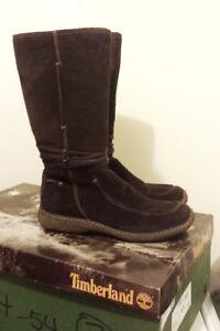 Timberland Boots (Women's Size 7 / $90)