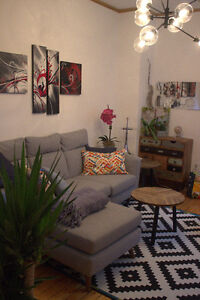 Bedroom in beautiful renovated 7 1/2 downtown close to McGill -