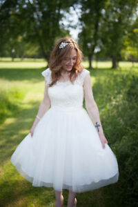 Beautiful Ivory Tea-Length Wedding Dress