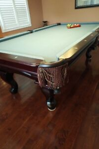 Cannon Pool table, lights and accessories.