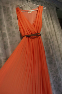 Salmon colour V-Neck size Large evening gown