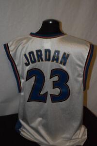Micheal Jordan Wizards Jersey Used size Large Reebok