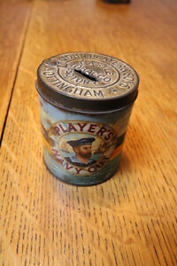 VINTAGE PLAYERS NAVY CUT PAPER LABEL CIGARETTE TIN