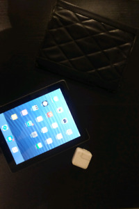 Apple iPad 4th Generation 64GB + LTE For Sale