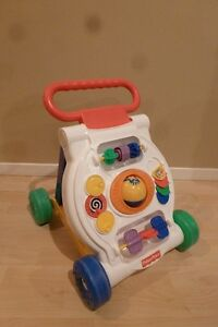 Trotteur - FISHER PRICE- 15,00$