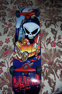 Near Mint Blind Board Complete Cornwall Ontario image 2
