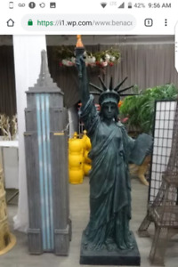 NY Party Props: food trucks Statue of Liberty Empire States Bldg