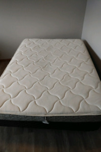 Double matress, boxspring and frame