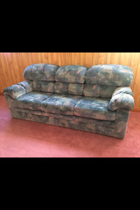 Brand new couches with pull out in Beamsville