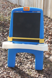 Little Tikes Chalkboard and Easel