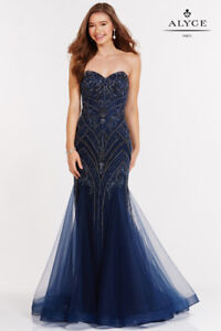 GRAD DRESSES AND EVENING GOWNS
