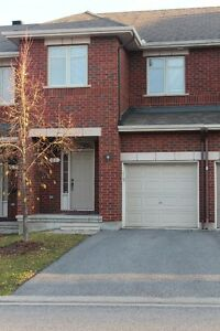 Barrhaven Executive Townhouse $1600 / month