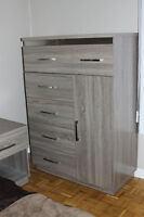 King size Bedroom set  $2000 night stands and dressers ONO