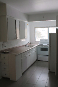 LARGE 2.5 LEASE TRANSFER IN WEST ISLAND/DORVAL