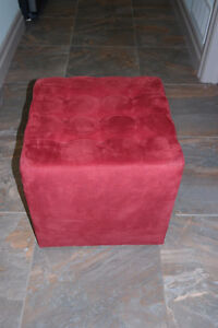 RED OTTOMAN Windsor Region Ontario image 1