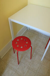SMALL IKEA TABLE WITH STOOLS