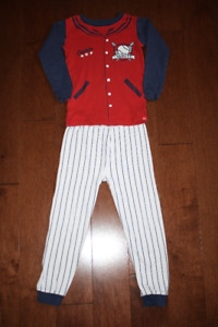 Baby GAP 2 Piece Long Sleeve Pyjama Set - Baseball - 5T